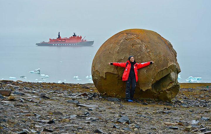 Bilele perfect sferice de pe insula Champ 1