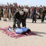 Execuția publică a doi pedofili care au violat și ucis un băiețel de 12 ani