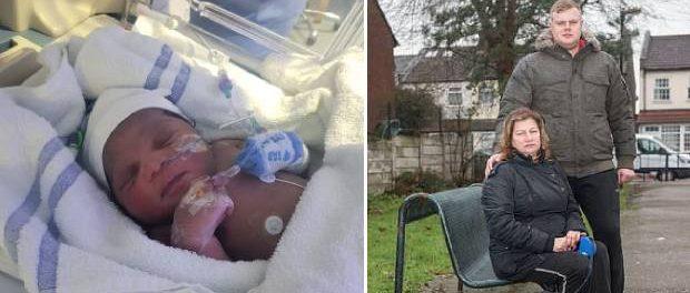 Nou-născut abandonat într-un parc înghețat din Londra