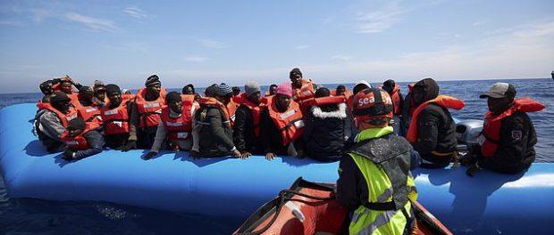 Imigranți salvați de un vas al organizației Sea Eye