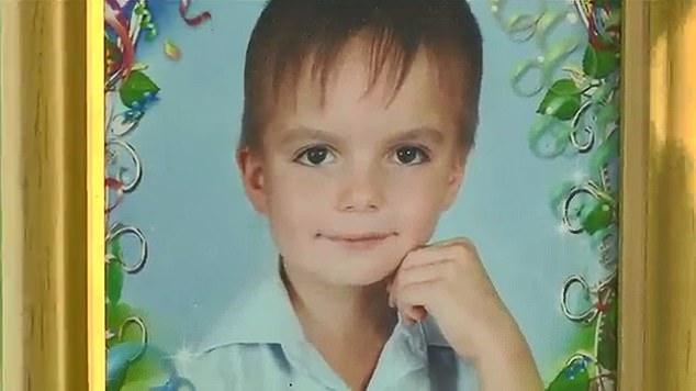 Băiatul care a sărit de la etaj în Ucraina