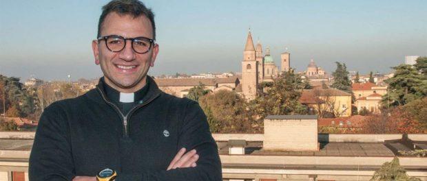 Don Alberto Debbi preotul medic ce s-a oferit voluntar să trateze pacienții cu COVID-19
