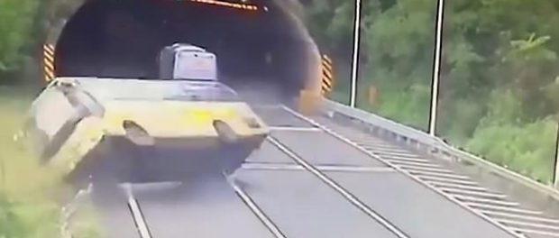 Accident pe o autostrada din China