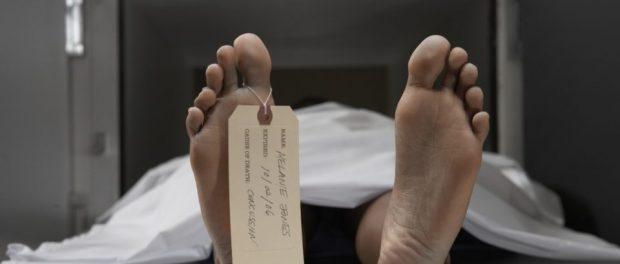 Declarata moarta - gasita in viata intr-un frigider la morga