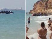 Un grup de imigranti africani debarca pe o plaja de lux din Spania
