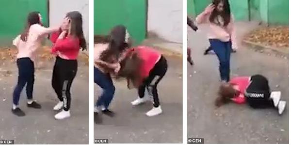 O fată de 14 ani din Rusia a fost bătută bestial de 5 colege