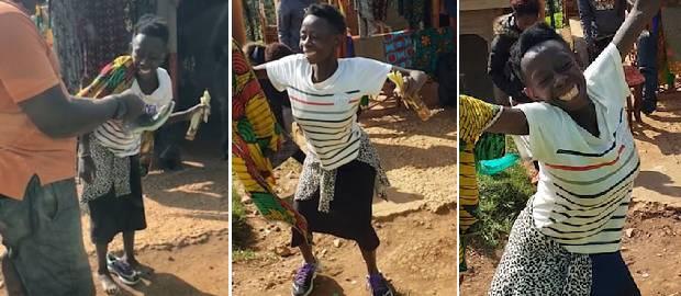 O femeie DANSEAZĂ DE BUCURIE după ce primește PRIMA pereche de pantofi din viața ei