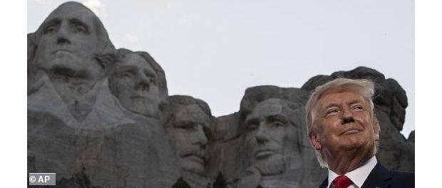 Donald Trump pe Muntele Rushmore_ Președintele spune că este o idee bună