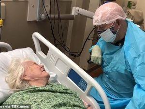 Și-a vizitat soția pe patul de moarte chiar dacă era conștient că se poate îmbolnăvi