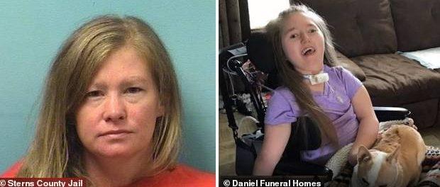O MAMĂ DIABOLICĂ și-a ucis fiica în vârstă de 13 ani cu handicap sever